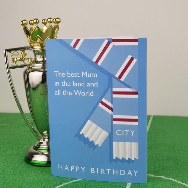 Best Mum in the Land City Birthday Card