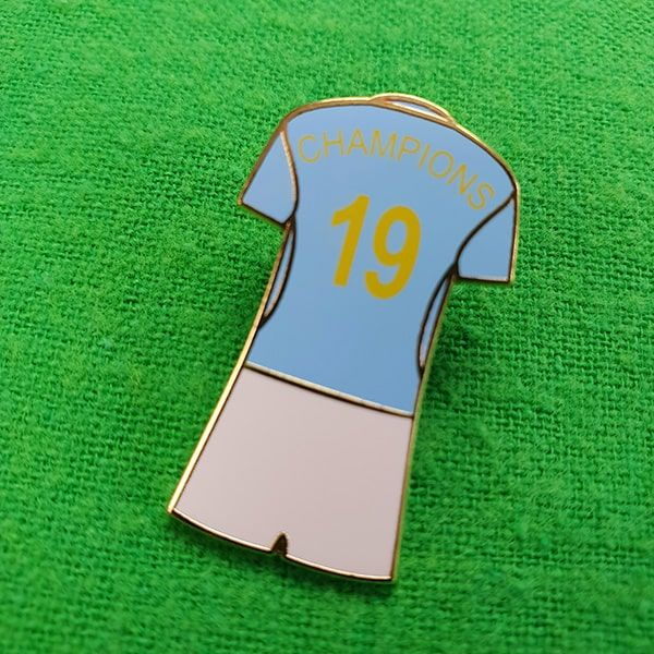 Champions 19 Kit Pin Badge