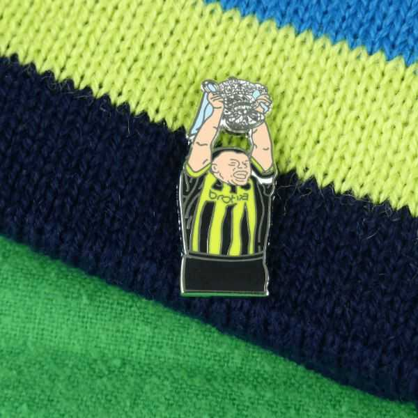 Morrison Wembley 99 Cup Lift Pin Badge